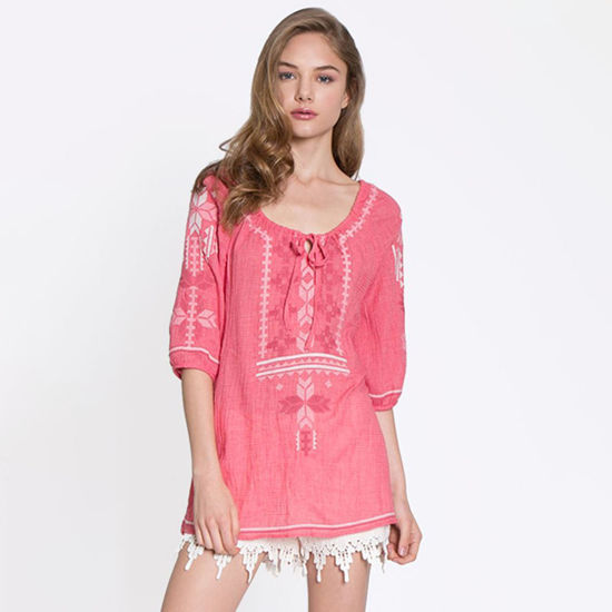 Monoreno Geometric Embroidered Peasant Top