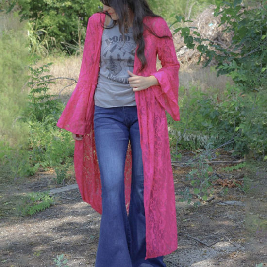 Lace Bell Duster in Fuchsia